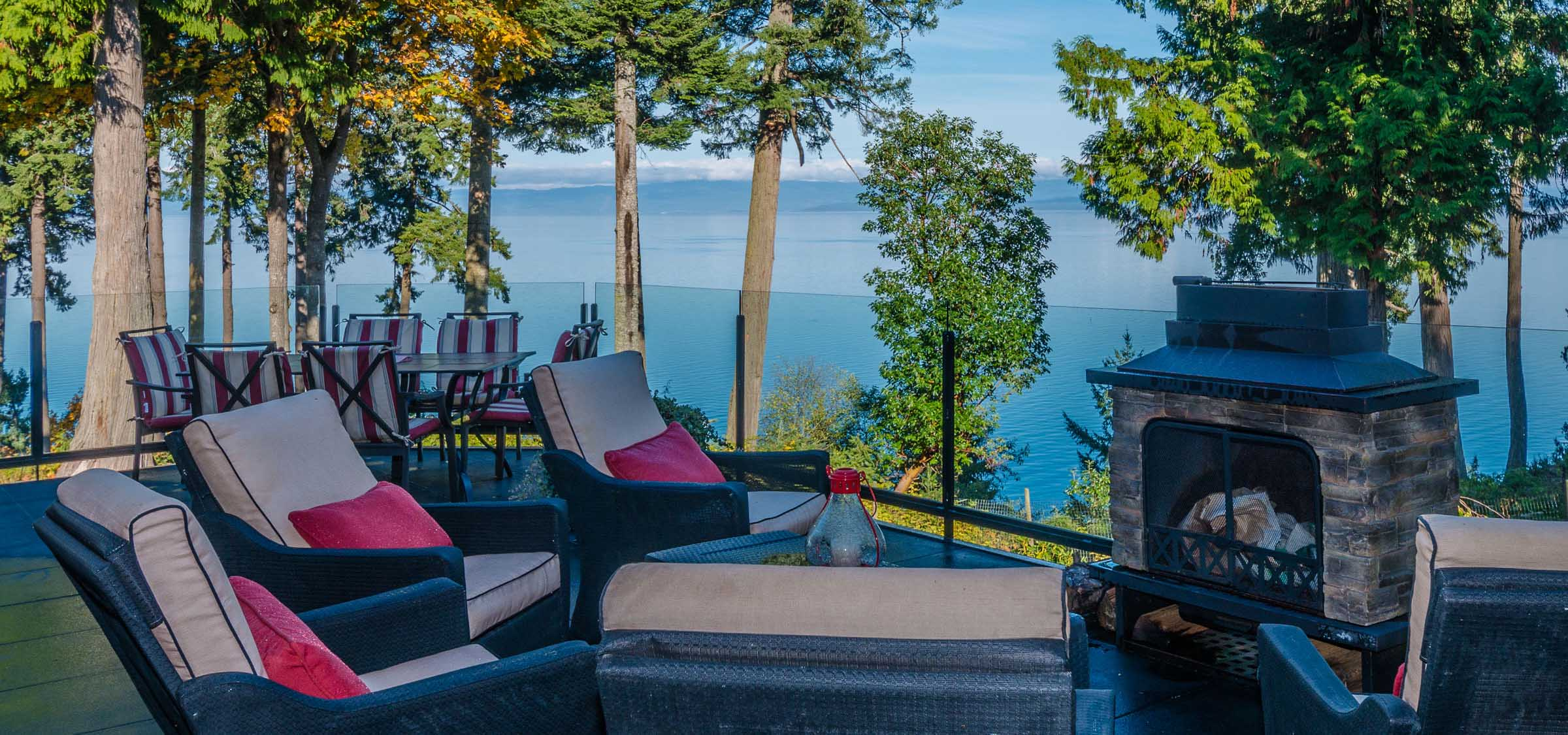Villa for sale in Canada